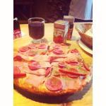 Pizza personal + copa de vino