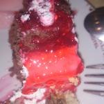 Jedna od torti za veceru sa jagodama