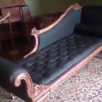 Colonial chaise upholstered with fabric woven from hair
