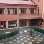 Hotel Majolika courtyard