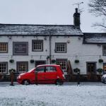 Entrance - The Fountaine Inn Photo