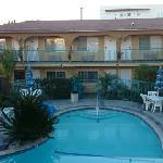 Photo de Hollywood City Inn
