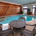 Mill Falls Inn Pool