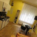 Photo de Katona Apartments