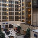 Photo de Embassy Suites by Hilton Baton Rouge
