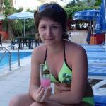 Отдых возле бассейна