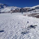 a diversão durante o dia...esquiar