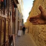 Rue de l'hôtel, le long des ramparts
