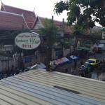 Rambuttri road view