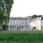 le beau château de Juvigny