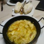sopa cortijera en el restaurante del hotel
