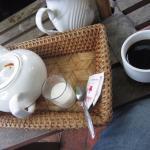 Photo de L'etranger Books and Tea