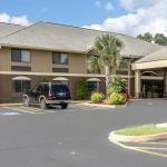 ‪Comfort Inn & Suites Robins AFB‬