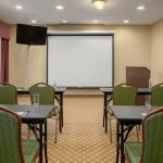 Photo de Country Inn & Suites By Carlson, Bloomington-Normal Airport