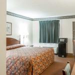 Foto de Econo Lodge Inn And Suites East
