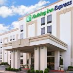 ‪Holiday Inn Express Hotel & Suites Fayetteville-Univ of AR Area‬