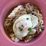 Waipio Cookhouse: loco moco with kahlua pork