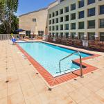 Photo de Holiday Inn Express & Suites Arlington