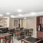 Econo Lodge Inn & Suites Downtown Foto