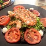 Guacamole & Prawn salad