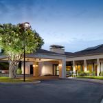 Located in the North by Northwest Office Park, our inviting entrance is ready to welcome you to
