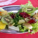 Salada de legumes e frutas