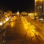 Puerta del Reloj, plaza de por medio con el hotel