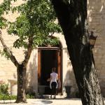 porte d'entree chateau du rayet perigord france