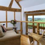 Mainoaks Cottages