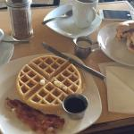 Photo de The Coffee n Creme Cafe