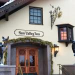 Entrance to the Sun Valley Inn
