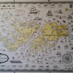 Mapa das Falkland Islands / Malvinas fixado na parede