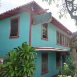 Photo de Banana Bungalow Maui Hostel