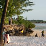 locaux sur la plage