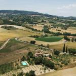 veduta aerea della villa e dintorni