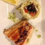 Pavé de saumon purée basilic