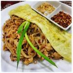 Phad Thai Kai with a beautiful crépe style omelette. Nice.