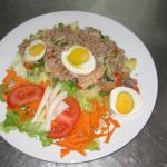 salada russa com atum
