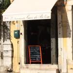 Très joli petit restaurant. Typique. Intérieur original