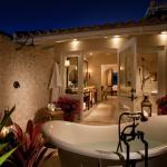 Outdoor tub & shower to indoor bathroom to bedroom