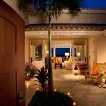 Courtyard to living room to verandah on beach