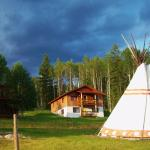 Goldenwood Lodge Cabins and Teepees