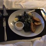 Room service - kale salad