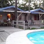 vue sur le bungalow depuis la piscine