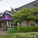 Photo de Premier Inn Caerphilly Crossways Hotel