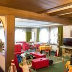 Lounge-Bereich an der Rezeption