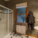 Savannah's Bathroom