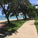 Photo de Palm Cove Beach