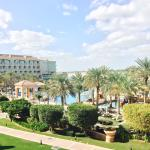 Photo de Al Raha Beach Hotel