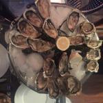 Photo de Le Bar à Huîtres Place des Vosges